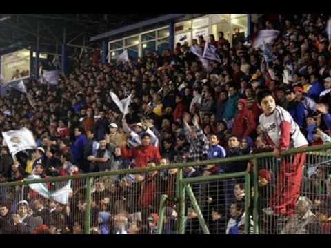 """""""Deportes Puerto Montt, una pasión inexplicable..."""" Barra: Los del Sur • Club: Deportes Puerto Montt"""