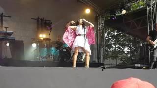 Anggun-la rose des vents live à fresnes le 22/06/2016