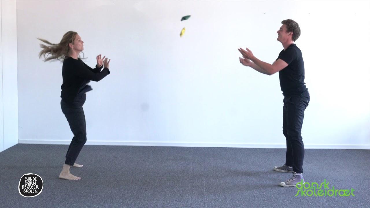 10.4 - Kast med to bolde