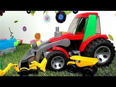 ¡Juguetes LEGO Duplo construyen una carretera! Juegos de carreras de autos para niños