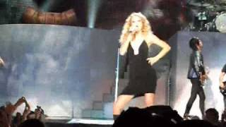 Taylor Swift - Should've Said No FULL with water HQ @ Wembley Arena London 23/11/09!