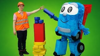 Герои в Масках и Грузовичок Лева: строим башню с Федором! Видео про игрушки от Папа Тайм.
