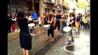 preview picture of video 'Sangüesa. Batucada, Exposición de telas Quiero Molarte'