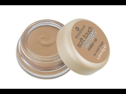 Pure Nude Highlighter by essence #10