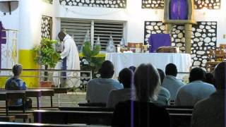 preview picture of video '6 a.m Mass in Hinche, Haiti'