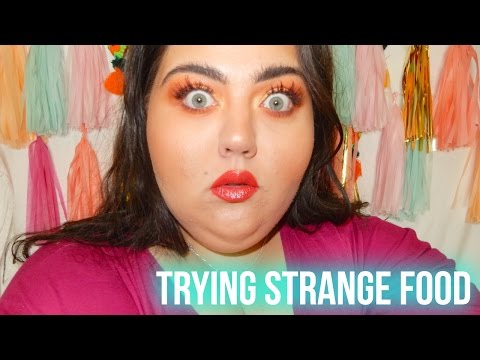 I DON'T WANT TO EAT A FROG | TRYING STRANGE FOOD