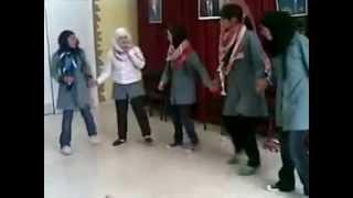 preview picture of video 'رقص بنات في الاردن على التراث اليمني'
