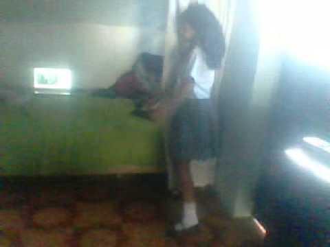 Niñas locas bailando perreo abigail y Daniela