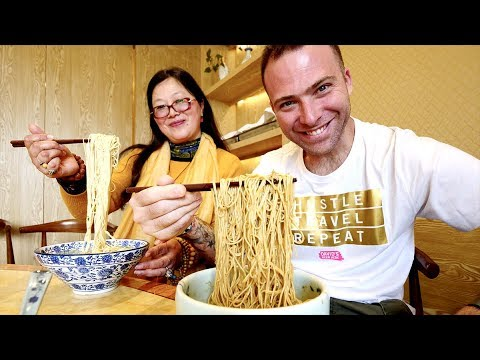 The MASTER of Soup Noodles - CHINESE Shrimp & Crab Noodles + North Temple Pagoda | Suzhou, China