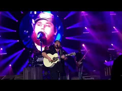 Beautiful Crazy (Live) - Luke Combs (Beer Never Broke My Heart Tour 2019, Vancouver)