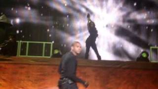 Chris Brown - I'll call ya Live at HMH HQ