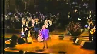 Anne Murray: You Won't See Me & Could I Have This Dance