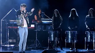 Gambar cover Troye Sivan Performs'Youth'