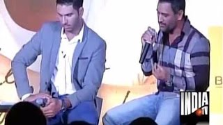 MS Dhoni Reveals How Yuvraj Singh Struggle While Batting Due to Cancer | Chak De Cricket