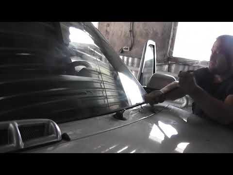 Решаем проблему армянского ремонта- протечку УАЗ Патриот. Переклеиваем стекло