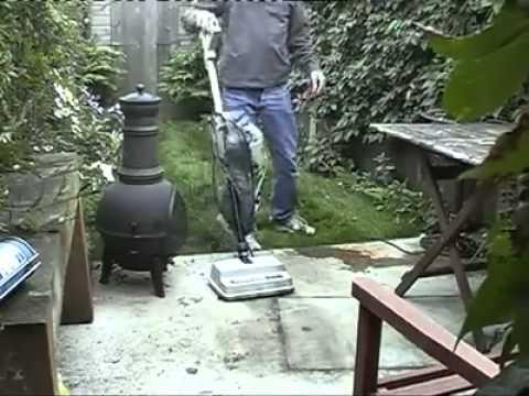 Как потушить огонь пылесосом