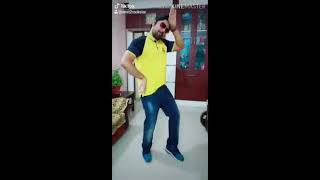 Dance on - Dheere Dheere hum dono mi pyar hua hai pakka - Download this Video in MP3, M4A, WEBM, MP4, 3GP