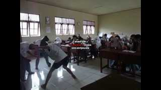preview picture of video 'Harlem Shake XII IPA 1 - SMA N 4 Sampit'