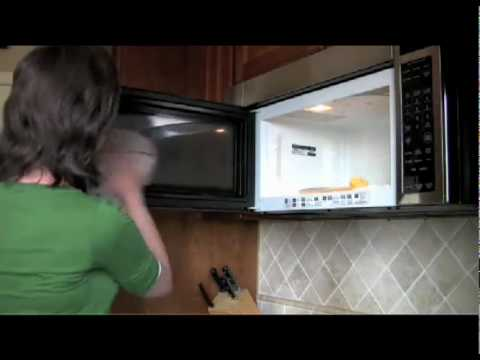 cleaning the microwave with lemons. Black Bedroom Furniture Sets. Home Design Ideas