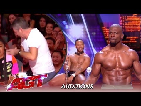 Simon Cowell STORMS Off After Terry Crews Joins Flute Stripping Act | America's Got Talent 2019 (видео)