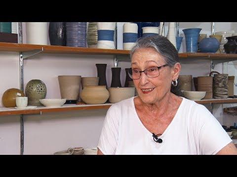Arte como superação: conheça o trabalho da ceramista Marisa Poyares
