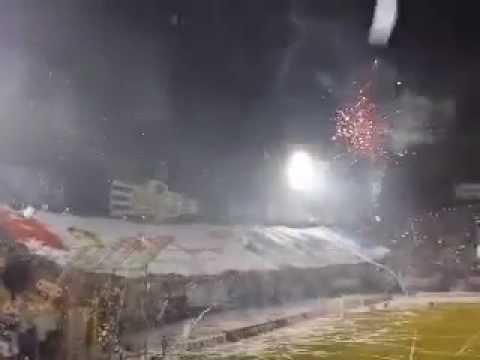 """Recibimiento nacional 1 1 san lorenzo"" Barra: Garra Alba • Club: Club Nacional Paraguay"