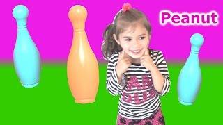 Peanut Chơi Bowling ! Bộ Đồ Chơi Đánnh Bowling Nhiều Màu Sắc Cho Bé! Peanut Play Bowling