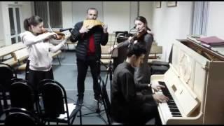"""Инструменталка  """"Прекрасный вечер на закате"""" - Еврейская попурри /молдаване  красиво играют"""