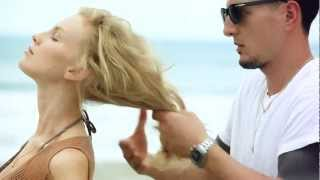 Beachy Volume with Bumble and bumble Surf Spray