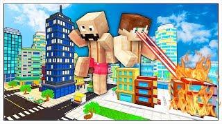 YOUTUBERS GIGANTI DISTRUGGONO LA CITTÀ! - Minecraft ITA