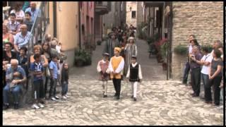 preview picture of video 'Palio Conti Oliva 2011 - Piandimeleto - parte 1'