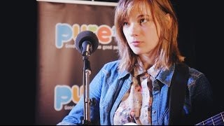 "NOA MOON : ""Let Them Talk"" Acoustic Sur Pure"