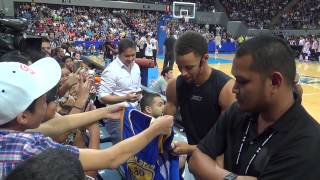 Stephen Curry dazzles Filipino fans at MOA Arena