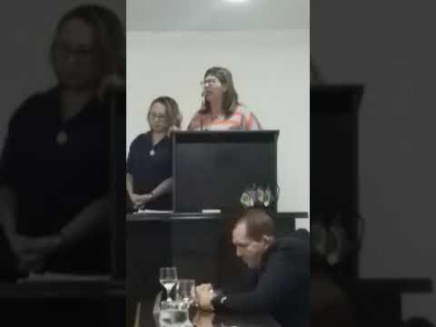 PROFESSORA VENERANDA, APROVADA EM CONCURSO EM BELMONTE, COBRA DO PREFEITO CONVOCAÇÃO DOS APROVADOS