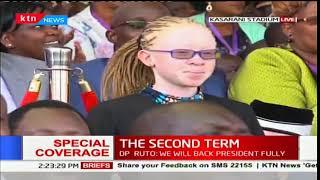 Uhuru recognizes the presence of top KCPE performer, Goldalyn Kakuya in the inauguration crowd