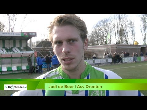 VIDEO | Vrijgevige spitsen Asv Dronten gunnen koploper een 'gestolen' overwinning: 1-2