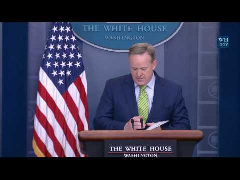 2/2/17: White House Press Briefing