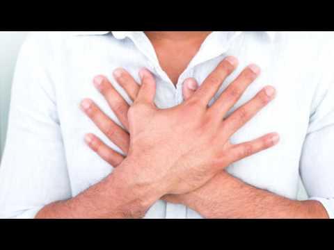 La tela di lino per riunirsi in uno stomaco