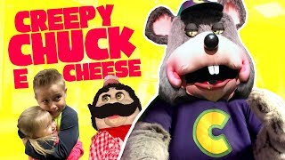 Chuck E Cheese is Creepy! Kids Play Arcade Games and Family Fun! - Video Youtube