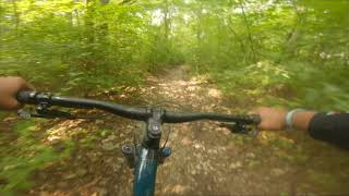 A video showing what to expect on this trail ! My first ride in MO