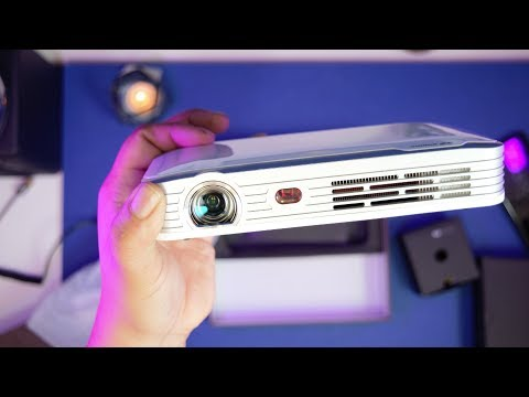 Best Portable Projector Under $500 – Wowoto T8e Full Review | 3D 7800mAh