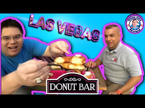 🍩 DONUT 🍩 BAR REVIEW WITH FRIENDS