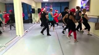 Salsa Routine- Feliz Navidad-Tito El Bambino
