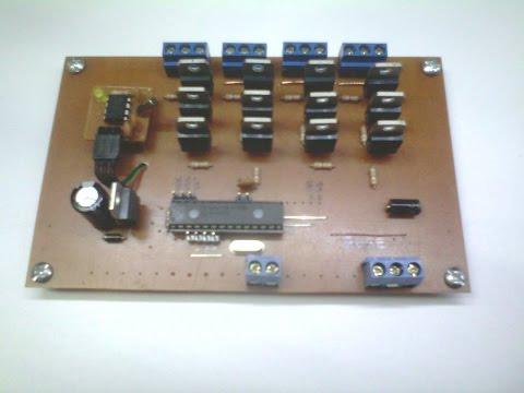 Controlador de Semáforos LED de 4 Vías 1.0