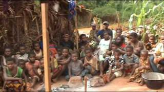 preview picture of video 'CAMUSAT Rep.CENTRAFRIQUE Trophy SCAD-MBAIKI (P.P2008)'