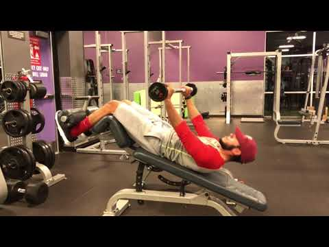 DECLINE CRUNCHES (w/ Barbell)