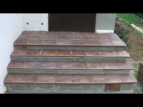 Облицовка бетонной лестницы клинкерной плиткой.
