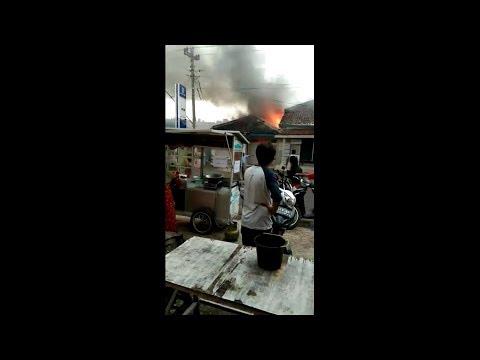 Kantor Unit BRI Pagerbarang Tegal Terbakar