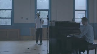 HONNE   Location Unknown ◐ (feat. BEKA) (Brooklyn Session)
