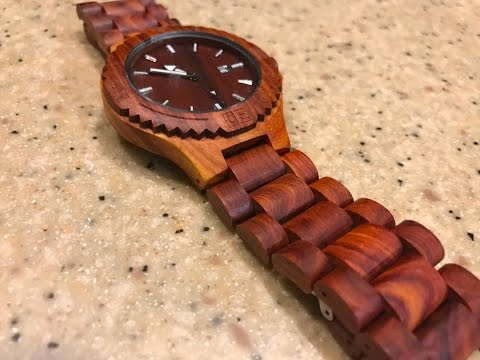 Beautiful Wooden Watch by Mercimall